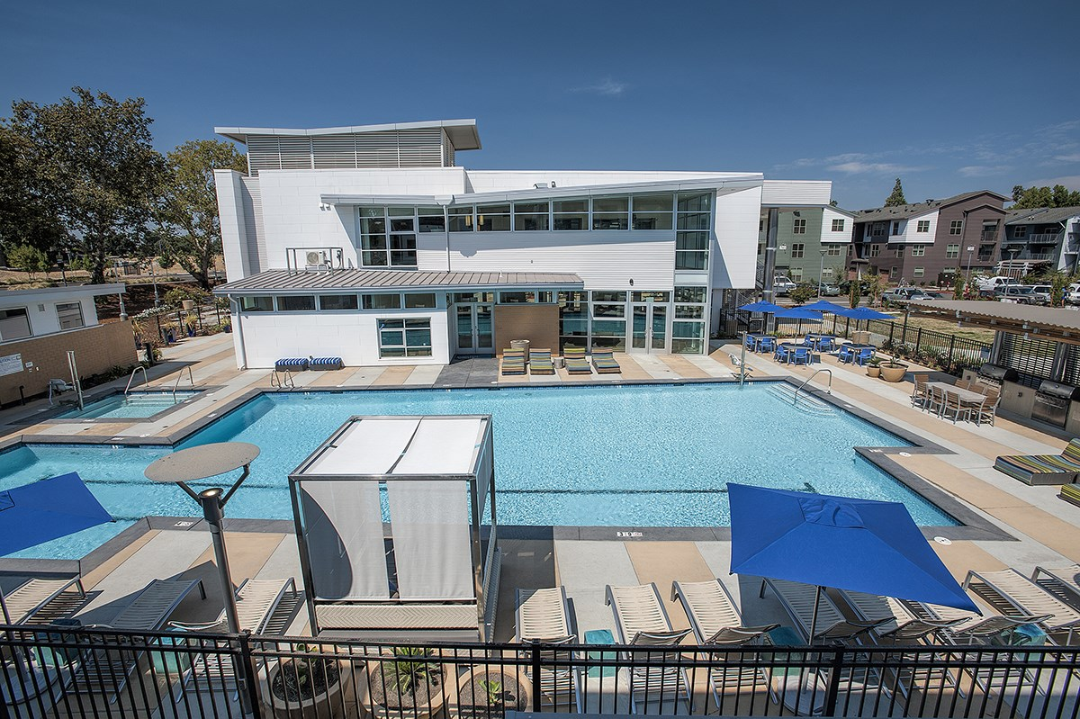 Capitol Yard Apartments_ West Sacramento CA_Poolside Cabanas